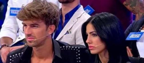 Uomini e Donne, ecco la faccia di Giulia De Lellis e Andrea ... - youtube.com