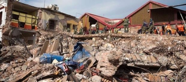Seismologists predict biggest earthquake since 1700 [Image by Presidencia de la República Mexicana/ via Wikimedia Commons]