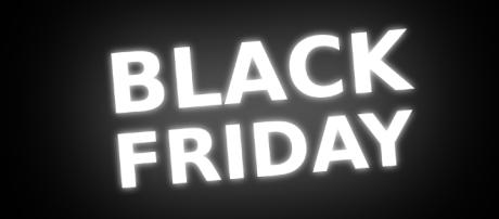 Black Friday deals for Xbox One and PS4 games and console. (Image Credit - maiconfz/Pixabay)