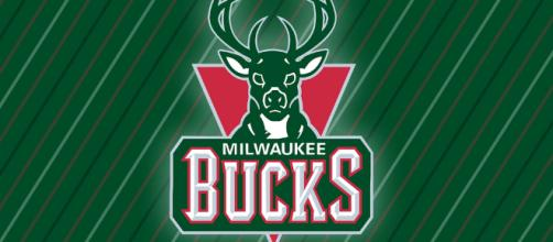 Breaking news: Eric Bledsoe traded to Milwaukee Bucks - (Flickr - Michael Tipton)