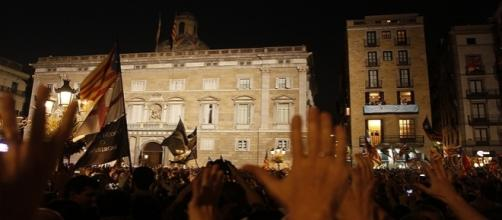 Declaración de la Repúblcia catalana, Plaza sant Jaume