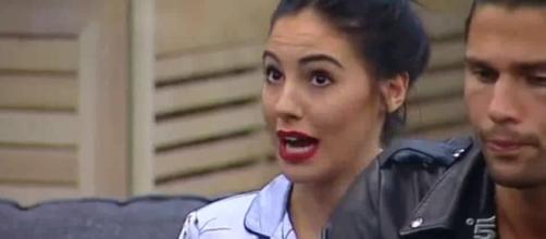 """Giulia De Lellis contro Signorini:""""Sei uno stupido"""" e lui l ... - leichic.it"""