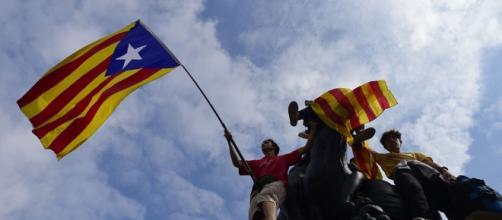 Referéndum de Cataluña: ficción en sincronía - nacion.com