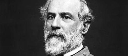 Robert E. Lee [image courtesy of unknown photographer wikimedia commons]