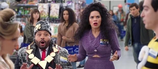 "America Ferrera's Amy dresses as Selena Quintanilla in this year's Halloween episode ""Superstore."" [Image Credit: Superstore/YouTube screencap]"