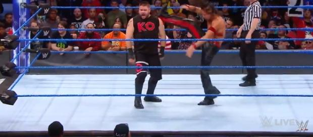 Kevin Owens vs Shinsuke Nakamura; (Image Credit: WWE/YouTube Screencap)