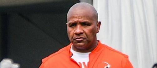 Hue Jackson now has a 1-23 coaching record with the Browns (Image Credit: Erik Drost/WikiCommons)