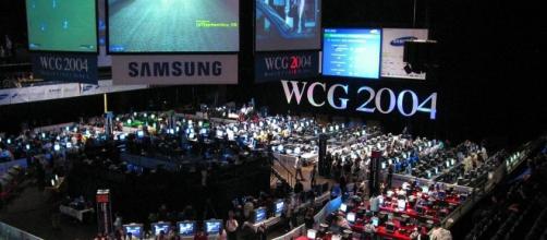Il World Cyber Game 2004. L'arena.
