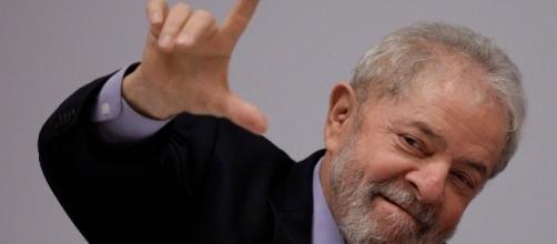 Lula lidera corrida presidencial
