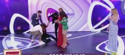 Patricia cai e preocupa a todos por estar grávida