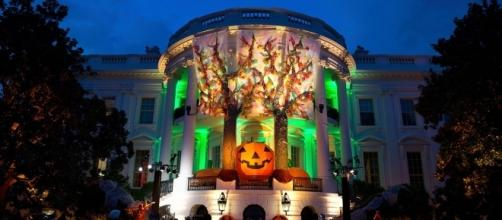 White House with Halloween decorations [Image Credit: The White House/Wikimedia]