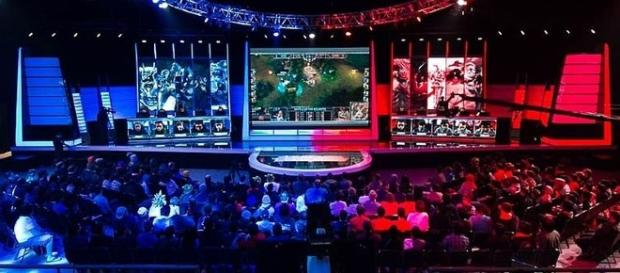 'League of Legends' esports - Gabriel.gagne via Wikimedia Commons