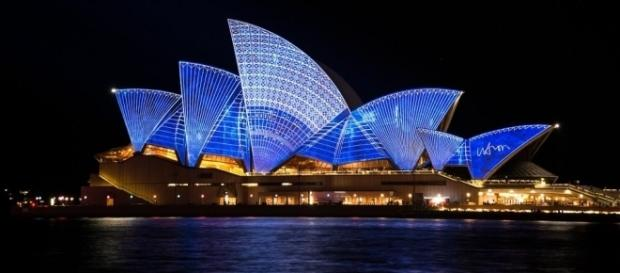 Sydney is one of Australia's biggest tourist cities, known for the iconic Opera House. [Image via Pixabay]
