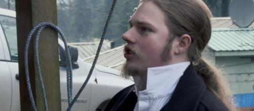 """""""Alaskan Bush People"""" brothers leave dying mother's side. (Image Credit: Discovery/YouTube)"""