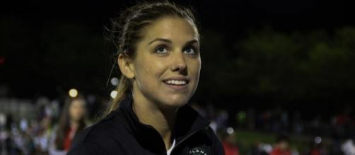 Alex Morgan 2013-05-04 Spirit - Thorns-154 [Image by Erica McCaulley|Wikimedia Commons| Cropped | CC BY- 2.0 ]