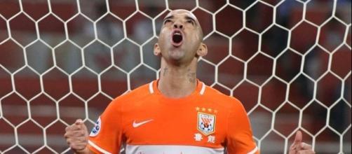 Diego Tardelli é especulado no Corinthians