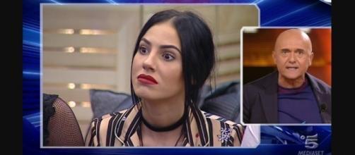Gossip Grande Fratello VIP, Giulia De Lellis accusa: 'Signorini mi odia'.