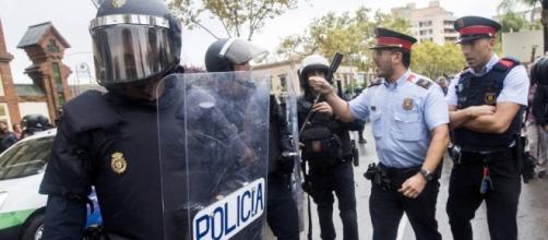 Referéndum Cataluña 1-O: Pensábamos que los mossos eran nuestros ... - elconfidencial.com
