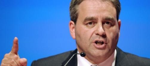 Xavier Bertrand : ceux qui ont participé à la campagne de 2012 ... - liberation.fr