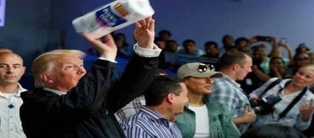 Donald Trump Humilha moradores atingidos pelo furacão Maria, em Porto Rico (Jorge Ramos)