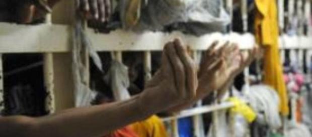 Governo libera R$ 1,2 bilhão para construir presídios e modernização