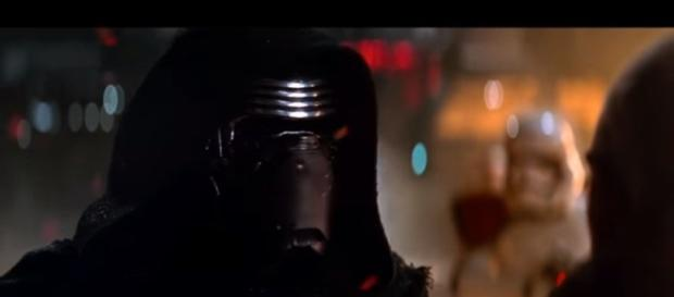 Star Wars: Episode 7 | Kylo Ren Stops A Blaster Bolt Scene. (Image Credit: Ex Hitman/YouTube Screenshot)