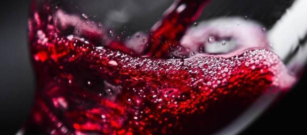 Vinos: Cuánto tiempo aguanta el vino tras abrir la botella (y cómo ... - elconfidencial.com