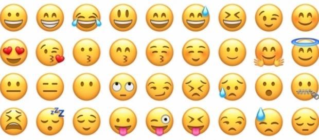 WhatsApp nuove emoji e come difenderci da chi ci spia - Emojipedia