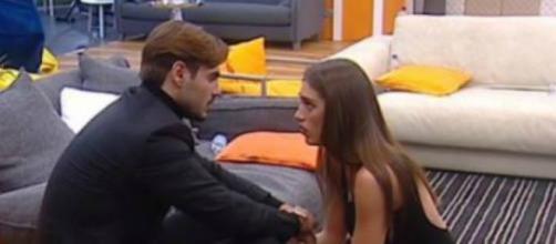 Cecilia lascia Francesco Monte