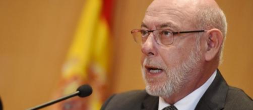 El Fiscal General del Estado, José Manuel Maza, se querella contra el Govern y Carme Forcadell