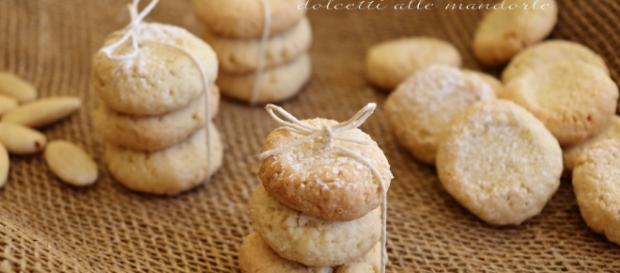 Fave dei morti o fave dolci alle mandorle ricetta facile e veloce - giallozafferano.it