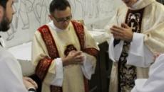 Padre Reginaldo Manzotti conta algo assustador que viu após missa