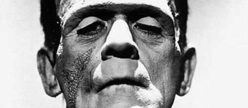 Imagen de Frankenstein de Boris Karloff (Via Wikipedia)