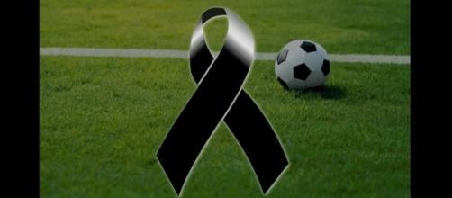 Lutto nel mondo del calcio: a soli 49 anni si è spento l'ex centrocampista del Milan