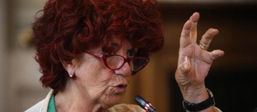 """Scuola, la ministra Fedeli: """"Entro il 14 agosto assunzioni per ... - lastampa.it"""