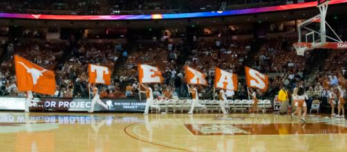 Texas basketball looks to be on the rebound with new big man, Mo Bamba [Image via Randall Chancellor/Wikimedia Commons]