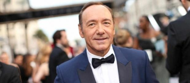 Kevin Spacey Announced as 2017 Tony Awards Host | E! News - eonline.com
