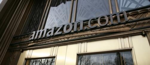 Amazon's front door [Image by Robert Scoble via Flickr]