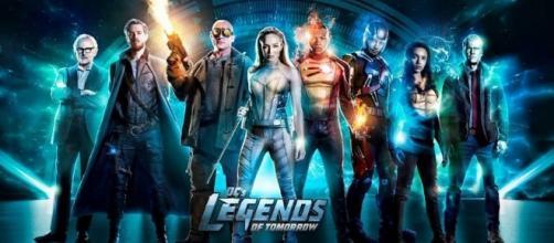 DC's Legends of Tomorrow: poster e trama della terza stagione ... - serialclick.it