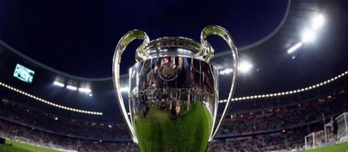 Le trophée de la Ligue des Champions reviendra-t-il au PSG cette année ? - ofive.tv