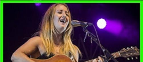 Margo Price felt Tom Petty's songs in very personal ways and carries on his artistic spirit. (Image Credit: Top 24h News/YouTube)