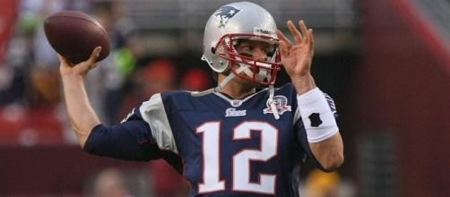 Tom Brady and the Patriots face the Buccaneers on Thursday night. [Image via Keith Allison/Flickr]