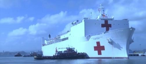 USNS Comfort arriving in Puerto Rico. (Image from U.S. Navy/YouTube)
