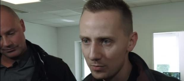 Jacek Międlar po zakończeniu rozprawy sądowej (źródło: youtube.pl).
