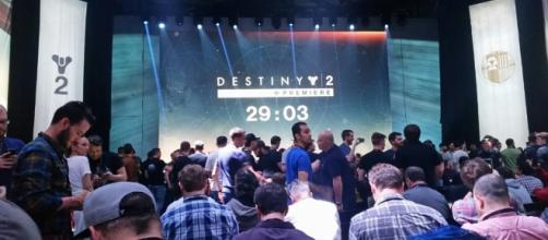"Destiny 2 aarives on the Xbox One jsut as ""Destiny"" releases full feature. (Image Credit - Александр Мотин/Wikimedia)"