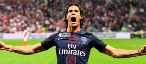 Edinson Cavani pourrait être vendu pour aider à équilibrer les livres de Paris Saint-Germain dans le cadre du fair-play financier