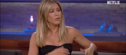 Jennifer Aniston goes braless in New York plus her views on Justin Theroux-- (Image Credit : Chelsea/YouTube screenshot)