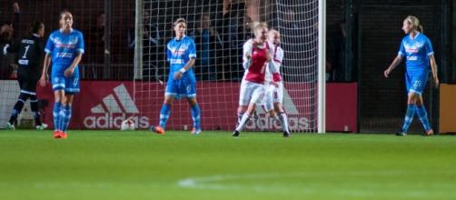 L'Ajax esulta dopo il gol - Foto da bresciacalciofemminile.it