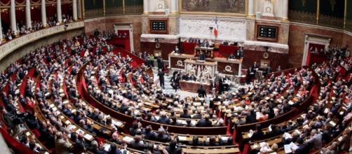 L'Assemblée approuve largement le projet de loi antiterroriste ... - sudouest.fr