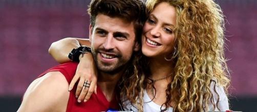 Shakira e Gerard Piqué no Camp Nou.